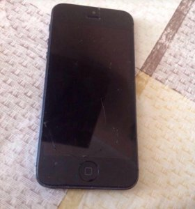 Айфон 5 чёрный 16гб