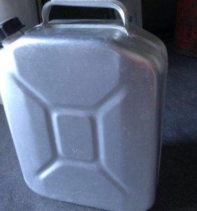 Канистры алюминиевые 20 литров