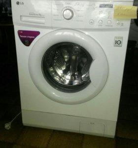 В продаже стиральная машина LG F80C3LD