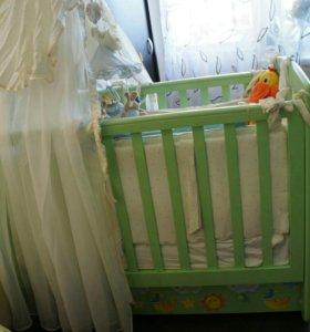 Кроватка детская +мешок подарков