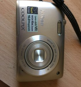 Цифровой сенсорный фотоаппарат Nikon