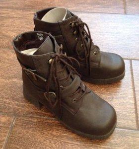 Новые ботинки 32 р-р