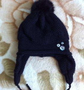 Осенне-зимняя шапка для девочки