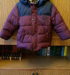 Куртка холодная осень зима.