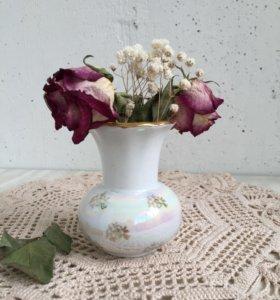 Миниатюрная вазочка. Рижский фарфор.
