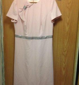 Продам платье р 54