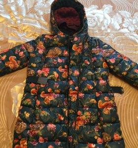 Куртка на девочку 152-158см