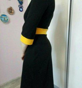 Трикотажное платье Monton