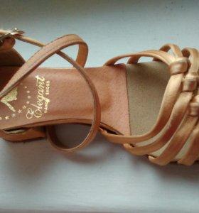 Туфли для спортивных бальных танцев