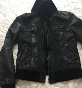 Куртка кожаная. Размер 44-46.