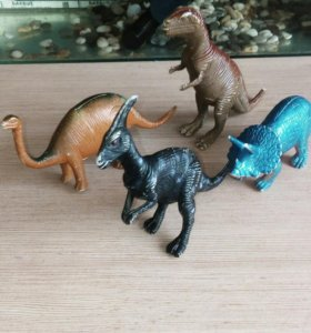 Динозавры игрушки