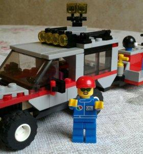 Лего 4433. Джип с прицепом