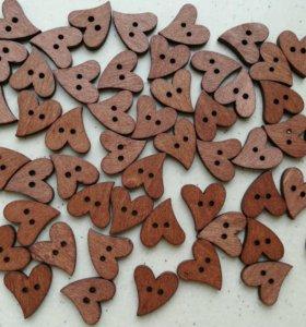 Пуговицы деревянные сердца для скрвпбукинга