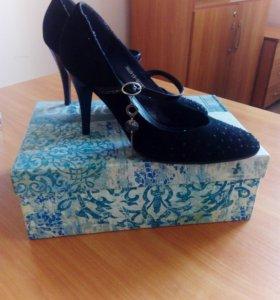 Туфли замшевые,натуральные,итальянские