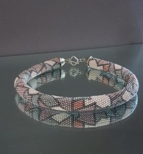 Жгут (чокер колье ожерелье) из бисера