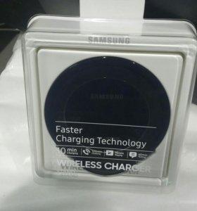 Беспроводное зарядное устройство SAMSUNG