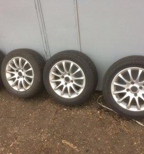 Комплект колес на литых дисках R15 4х114,3