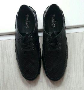 Кожаные кроссовки!