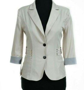 Пиджак новый 42 р-р