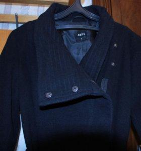 Чёрное пальто Oasis. Размер S.