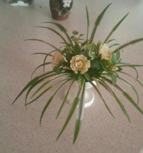 Цветочек в вазоне