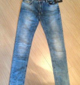 Новые джинсы Dolche & Gabbana
