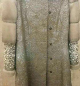 Пальто и шапка зимние (норка)