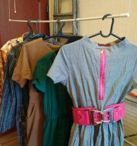 Платья, блузы по 300 р.