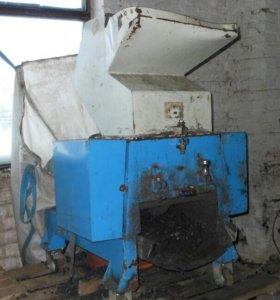 Измельчитель отходов пластмасс