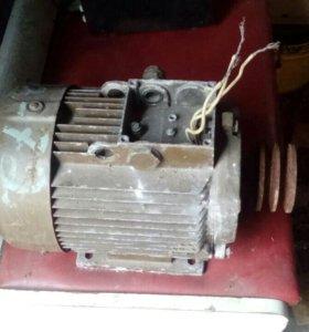 Продам асинхронный Эл.двигатель