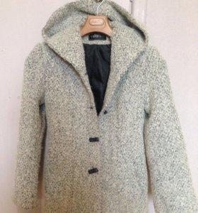 Пальто(в отличном состоянии )