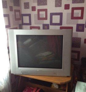 Телевизор Phillips ,70см