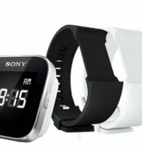 Часы Sony SmartWatch + 4 ремешка