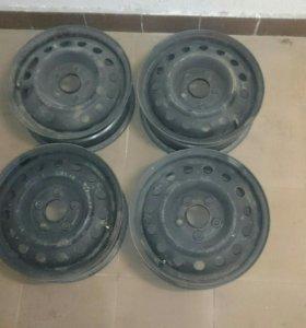 Штампованные диски 15R