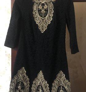 Маленькое,чёрное платьице.