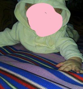 Детский костюмчик с капюшоном