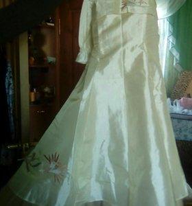 Платье праздничное 10лет
