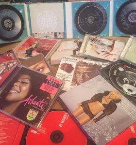 Музыкальные диски...