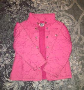 Куртка-жилетка.