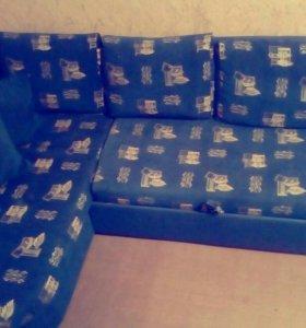 Угловой диван и кресло.мебельная фабрика томек.