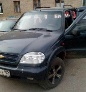 Шеврале Нива  Chevrolet-Niva