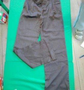 Новые брюки глория размер М