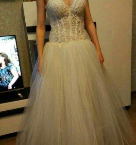 Свадебное платье.Новое!