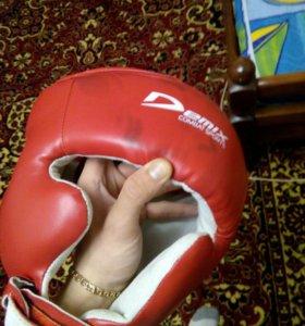 Продам шлем боксерский