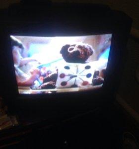 Телевизор LG отличный