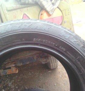 Шина Bridgestone Blizzak MZ-03 215/60R16