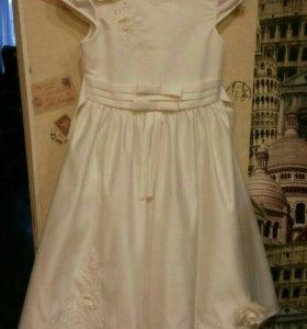 Нарядное платье на выпускной рост 128-134