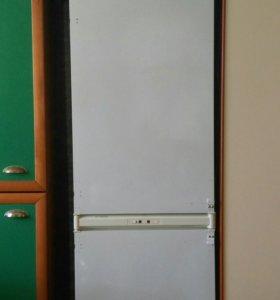 Встраиваемый Итальянский Холодильник Аристон