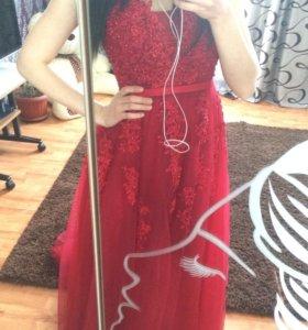 Новое вечернее платье .