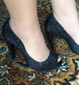 Туфли Vitacci размер 36